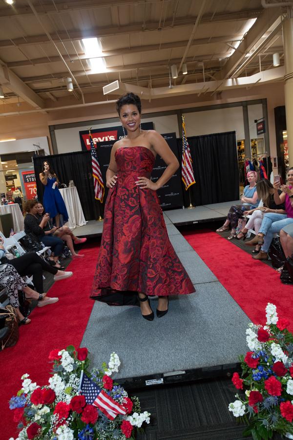 Potomac Mills VIP fashion